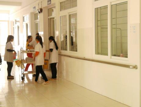 Đến hết năm 2014, Cao Bằng có 155/199 trạm y tế xã có bác sỹ làm việc