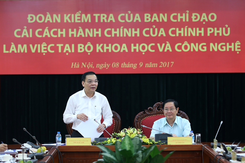 Bộ trưởng Bộ KH&CN Chu Ngọc Anh phát biểu tại buổi làm việc.