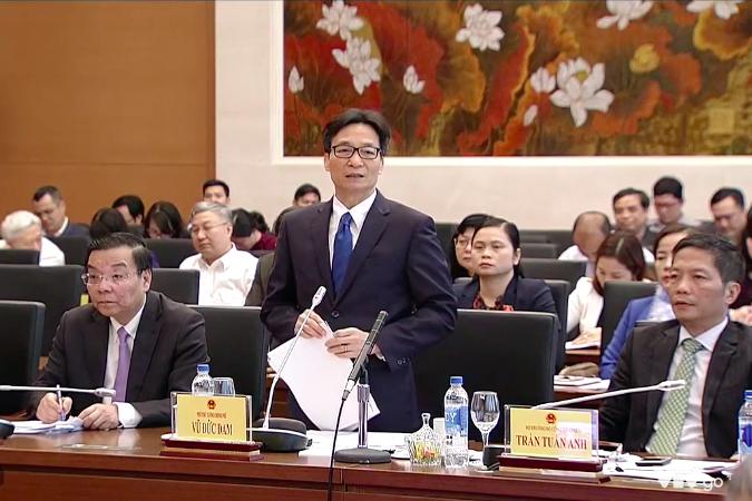 Phó Thủ tướng Vũ Đức Đam phát biểu tại phiên chất vấn và trả lời chất vấn của Ủy ban Thường vụ Quốc hội đối với Bộ trưởng Bộ Khoa học và Công nghệ Chu Ngọc Anh, chiều 19/3.