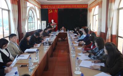 Hội đồng thẩm định cấp cơ sở tài liệu bồi dưỡng tiếng dân tộc Tày