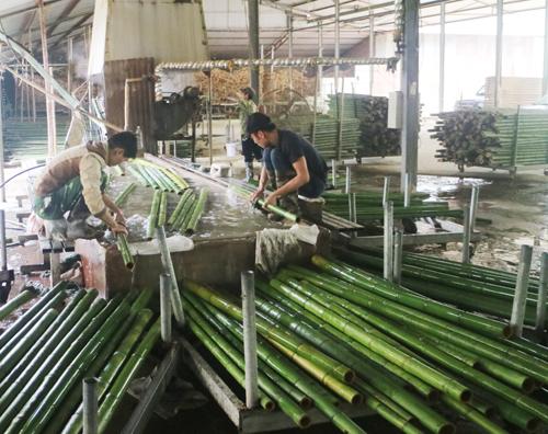 Sản xuất công nghiệp tháng 8 tăng cao ở công nghiệp chế biến.