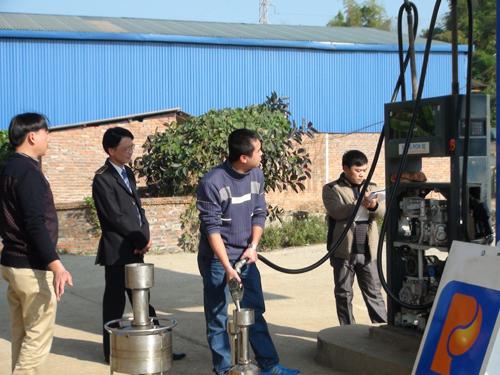 Thanh tra liên ngành tiến hành kiểm tra về Tiêu chuẩn Đo lường chất lượng tại của hàng bán lẻ Xăng dầu huyện Trùng Khánh